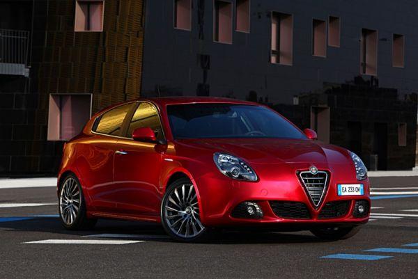 Alfa Romeo Giulietta ist das offizielle Fahrzeug des IRONMAN 2011