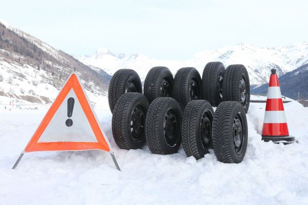 Test TCS de pneus d'hiver 2014 – les meilleurs sont très performants