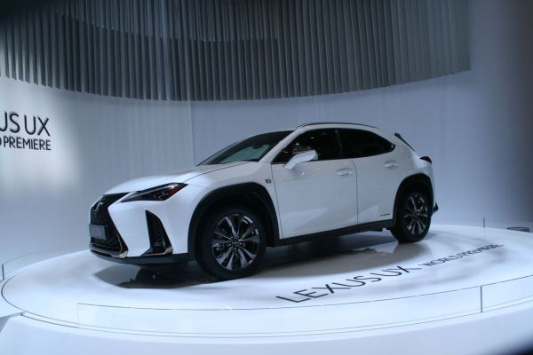 GIMS 2018, Salon international de l'automobile de Genève,  LEXUS