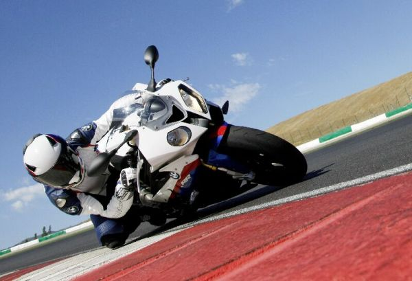 BMW - moto Liste de prix 1er juillet 2011