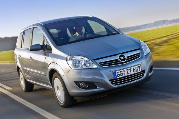 Opel Zafira Enjoy: Flex7 hoch zwei