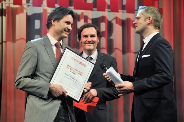 """Der Peugeot 3008 HYbrid4  zum """"Grünsten Auto der Schweiz"""" 2012 gekü"""