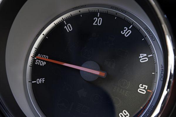 Opel Astra 2.0 CDTI DPF: Mit Start/Stop-Automatik jetzt noch sparsamer