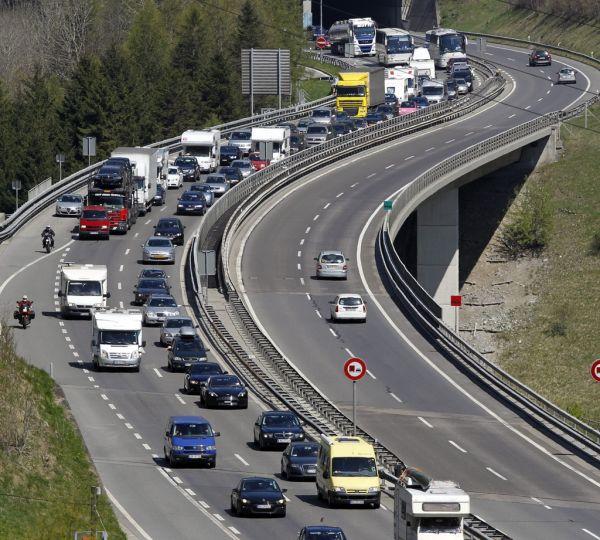 AUTO Suisse