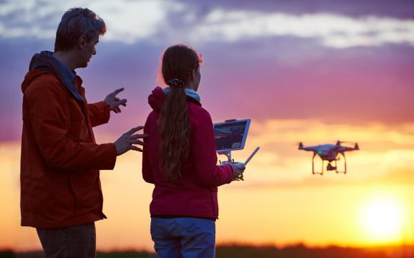 TCS: Drohnenfliegen will gelernt sein