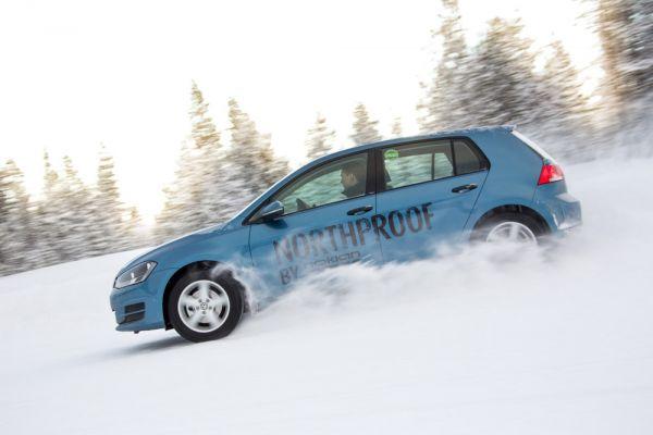 Le Nokian WR remporte le test de pneus d'hiver 2014 du magazine Auto Bild Suisse
