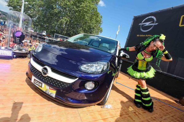 Das rockt: Opel ADAM ROCKS an der Street Parade 2014