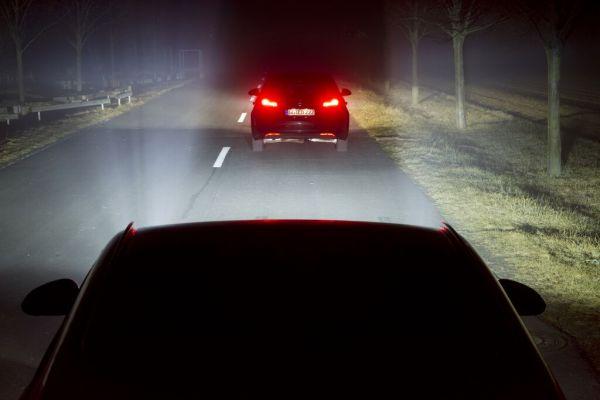 Opel révolutionne l'éclairage automobile