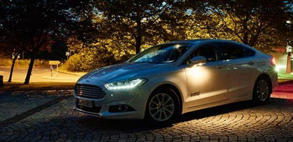 Ford développe des projecteurs avancés