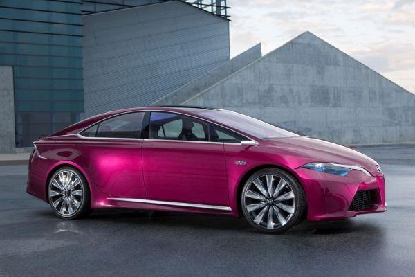Genfer Salon Toyota: Bahnbrechende Vollhybride, Charaktervoller Fahrspass