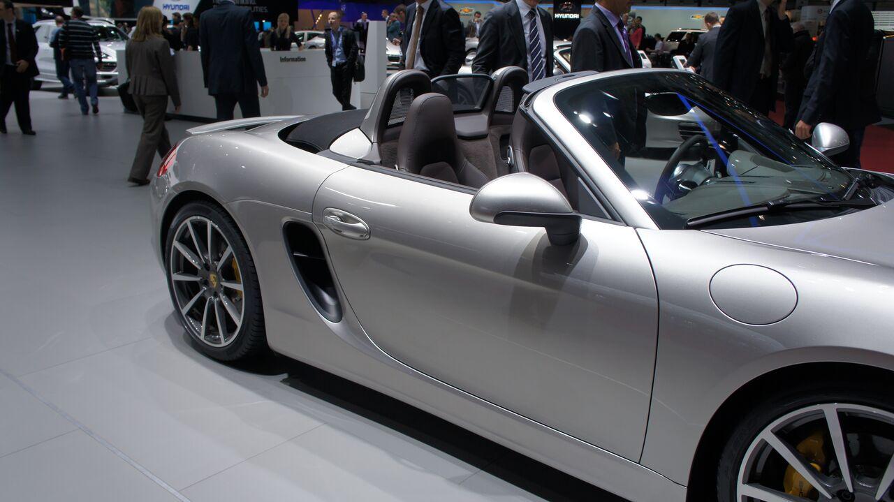Salon de l 39 auto gen ve 2012 road and motors for Parking salon de l auto