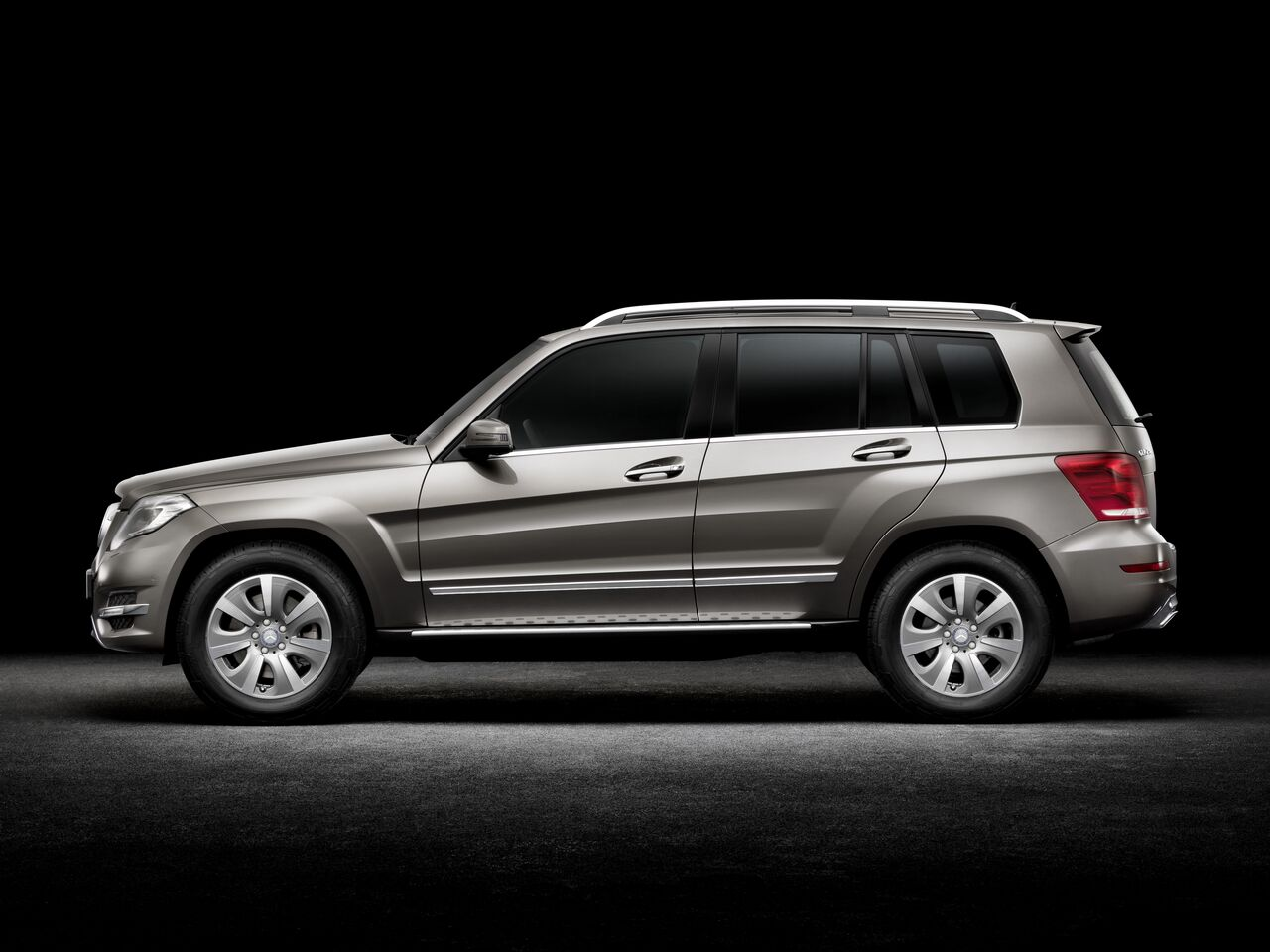 mercedes classe glk nouvelle g n ration road and motors. Black Bedroom Furniture Sets. Home Design Ideas